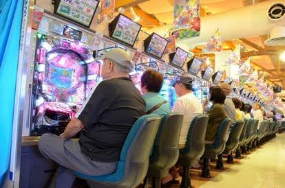 パチンカス「非常事態でも県越えて打ちに行く」6割 給付金10万円もギャンブルで浪費か