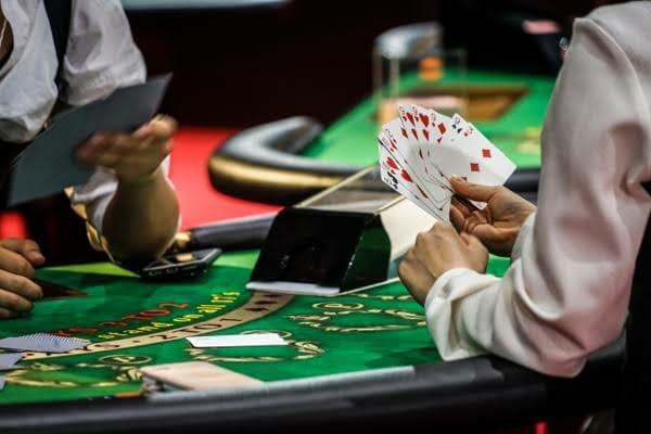 ギャンブルで人生終わったJ民おる?