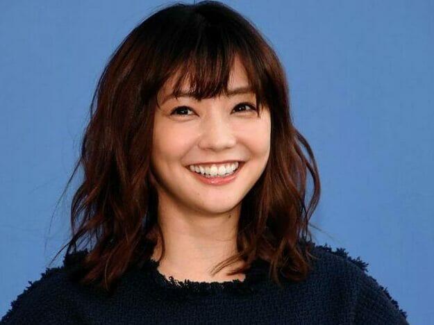 【芸能】女優・倉科カナ「anan」で美乳を披露